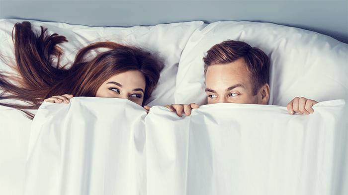Sulit Orgasme Saat Bercinta? Ikuti 6 Tips Ini!
