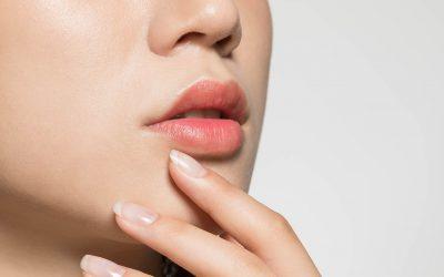 9 Cara Memerahkan Bibir Secara Alami